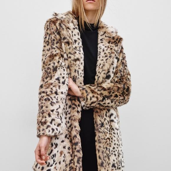 Aritzia Jackets & Blazers - Aritzia faux fur leopard print coat small CT